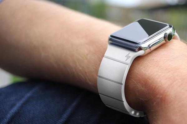 Apple Watchのバッテリー持ちを30時間も延長する「Reserve Strap」の製品版仕様が公開!