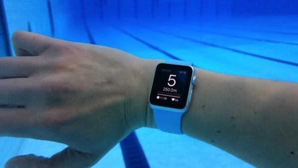 世界初!水泳で使えるApple Watchアプリが登場!(ただしAppStoreでの公開は未定…)