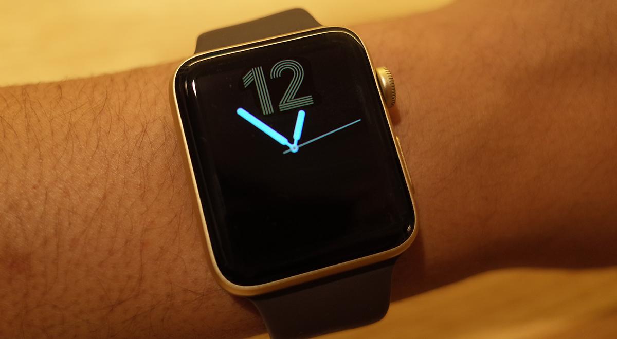 85de078b7c 初代Apple Watchはシルバーアルミニウムのモデルを発売日に購入した私ですが、第2世代のApple Watchはちょっと趣を変えるべく「ゴールドアルミニウム」のモデルを購入  ...